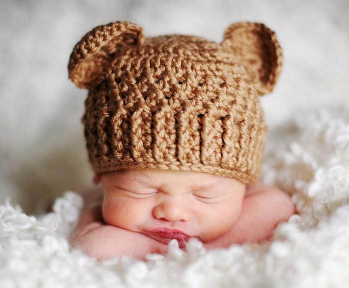 Шапочки для новорожденных вязанная крючком